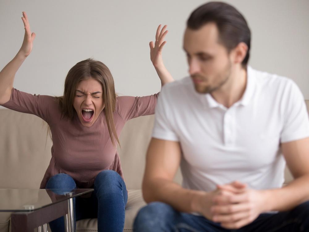 Tipe Wanita yang Dihindari Para Pria