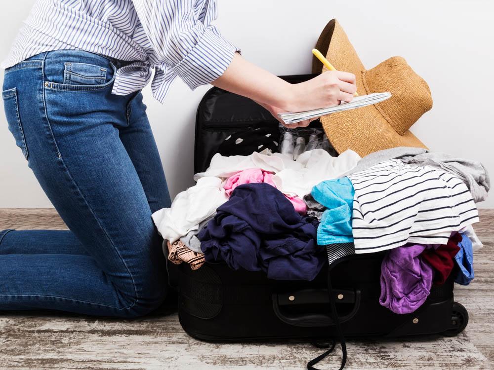 bawa barang traveling