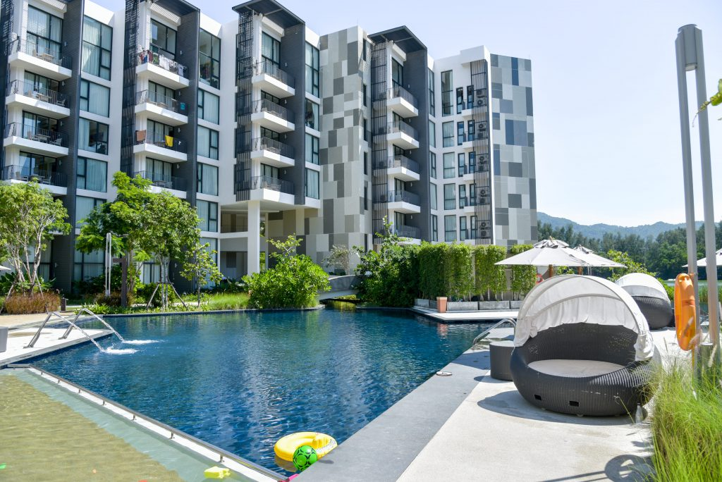 Cassia Pool 001