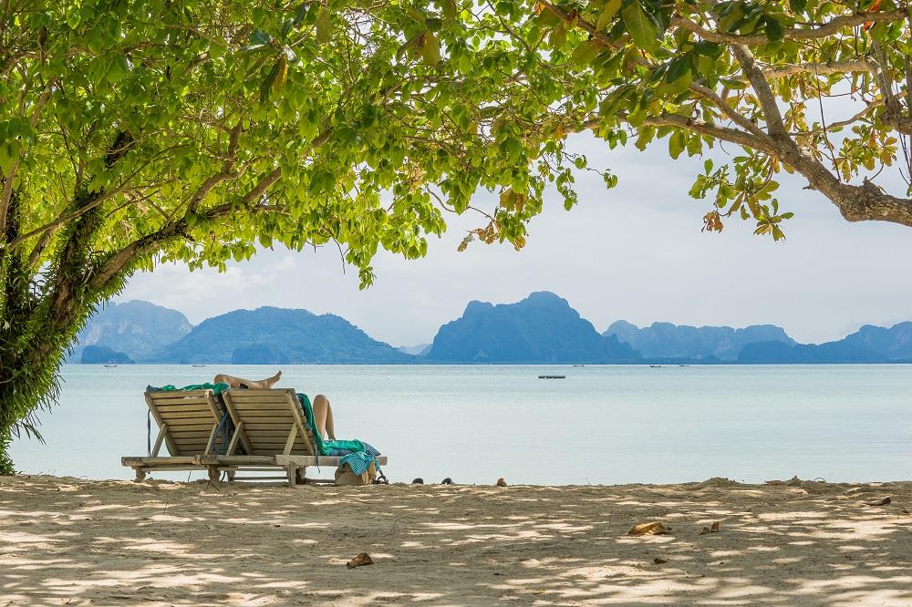 Beach Chairs (1)