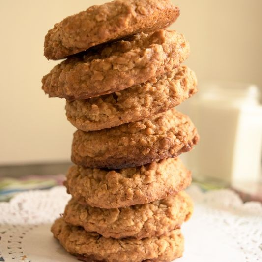 Whole Wheat Honey and Oatmeal Cookies