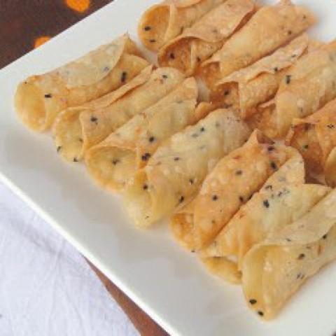 Kuzhalappam/ Rice Flour Cannoli