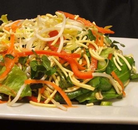 Chinese Bhel (Crispy Noodles Salad)