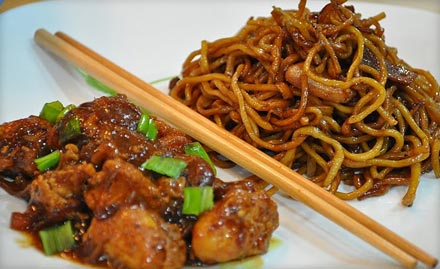 Chilli paneer noodles