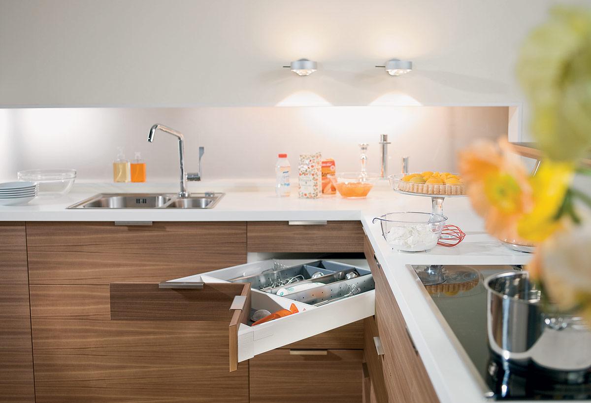 SquareRooms-Blum-corner-system-kitchen-drawer-smart-storage