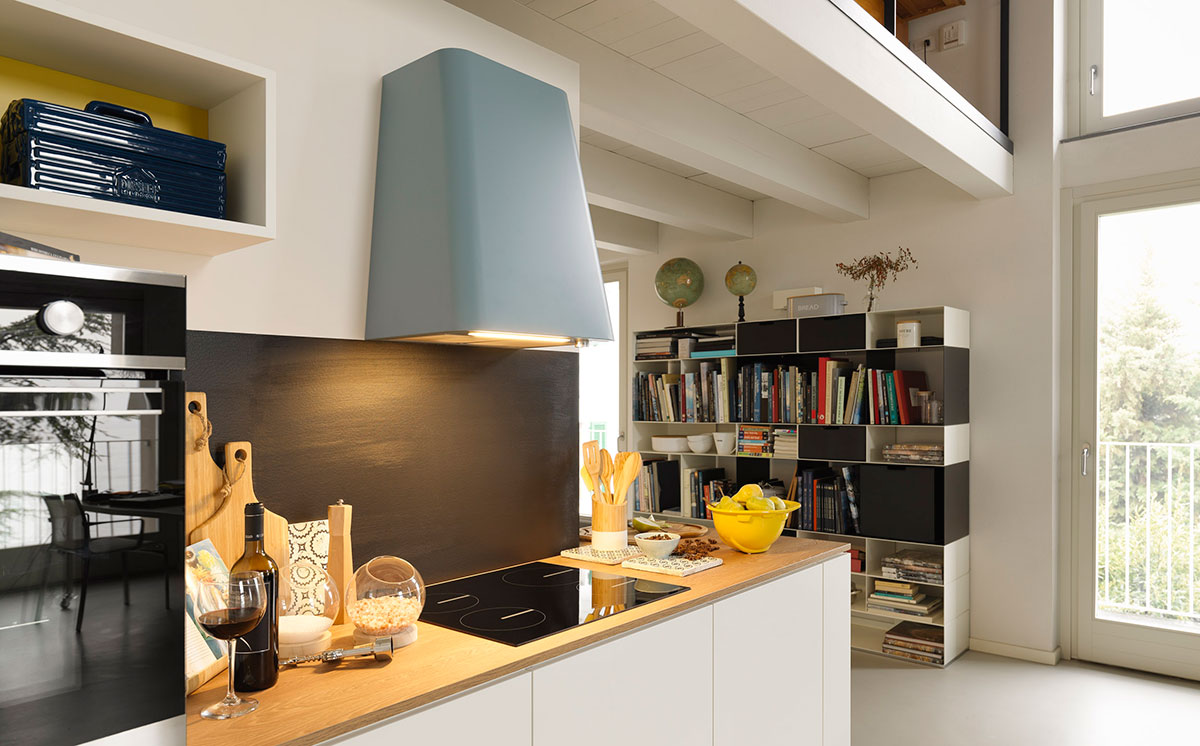 SquareRooms-Franke-Smart-Deco-hood-blue
