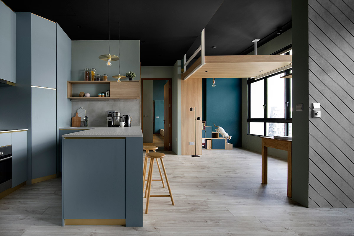 SquareRooms-Design-by-Eightytwo-blue-kitchen