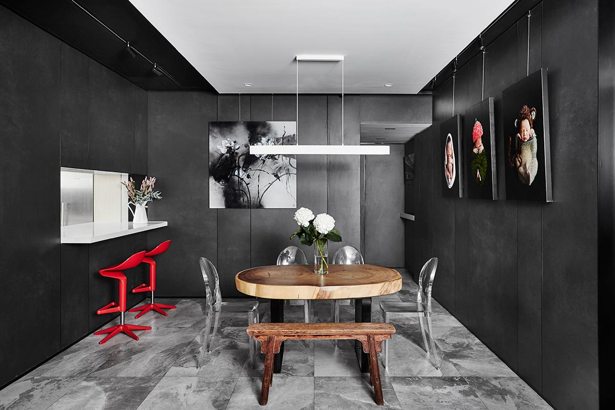 SquareRooms-dining-room-monochromatic-black-white-ceiling-akihaus