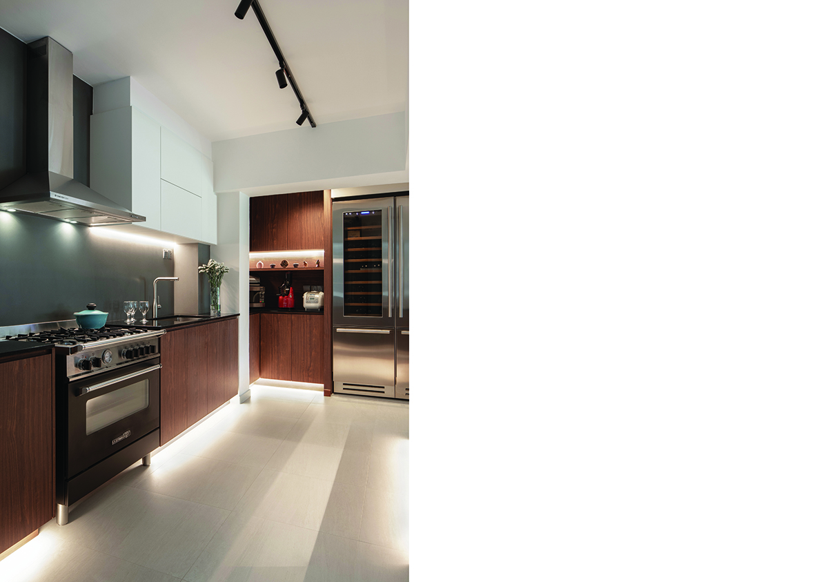 squarerooms-d'marvel-scale-lighting-kitchen-wooden-appliances-contemporary