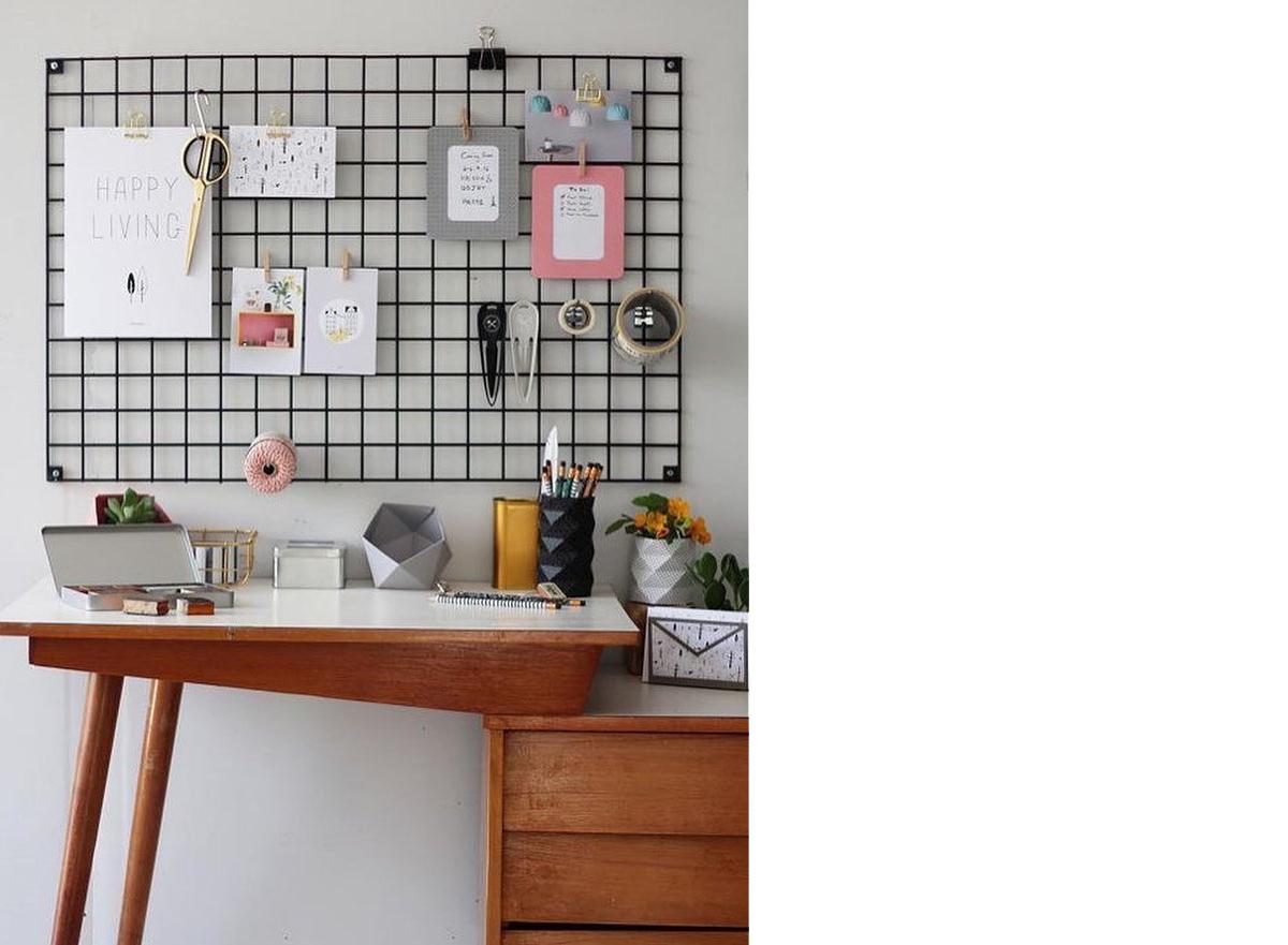 squarerooms-bianka_deco-wall-storage-iron-grid-frame-hanging-mounted