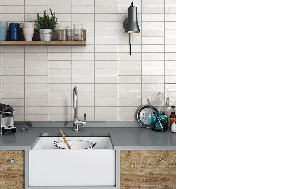 squarerooms-hafary-kitchen-sink-tiled-backsplash