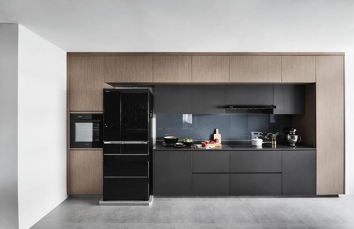 squarerooms-dan's-workshop-kitchen-black-wooden