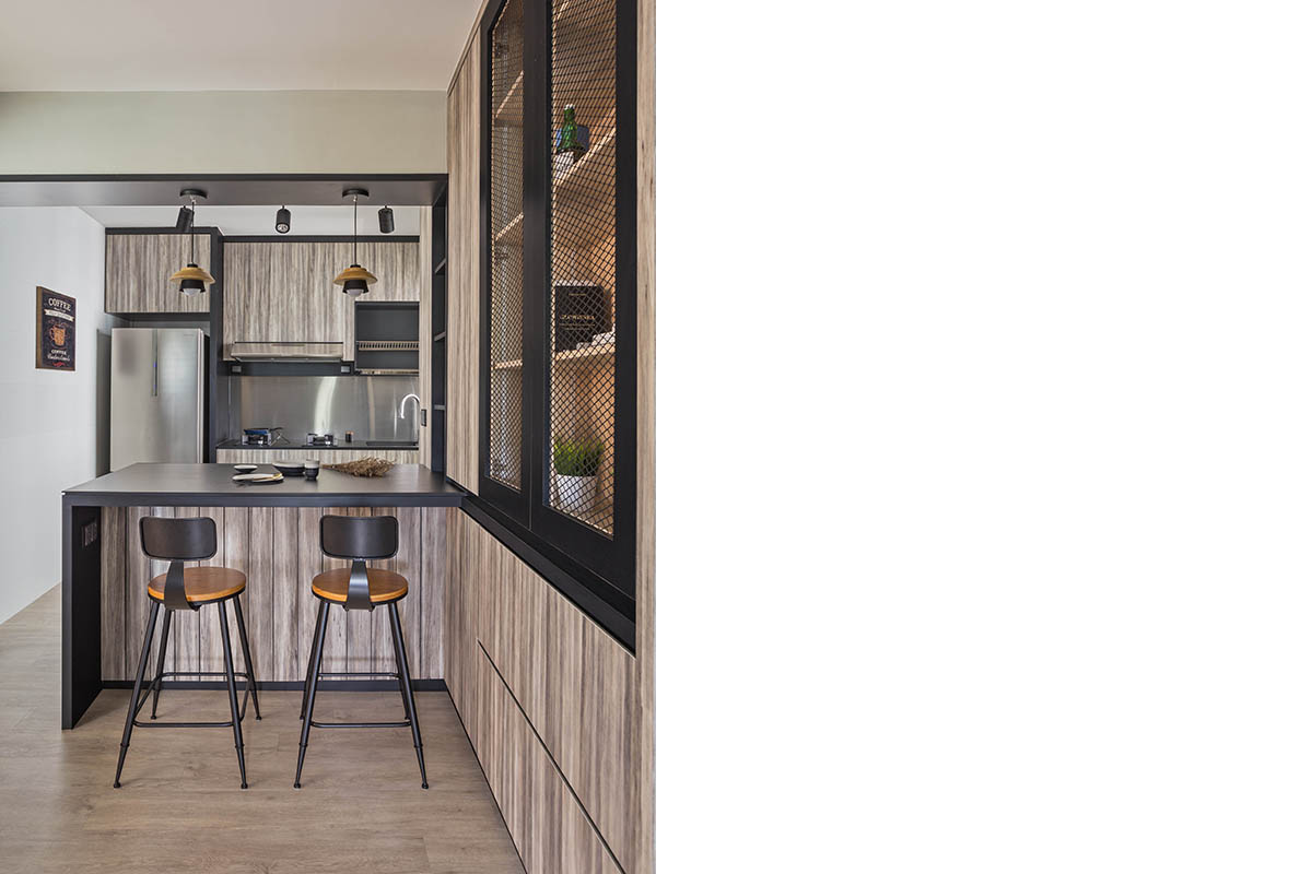 squarerooms-kdot-associates-kitchen-wooden-dark-mesh
