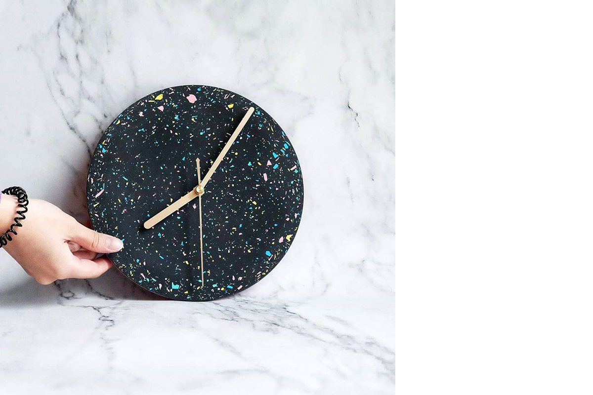 squarerooms-concrete-everything-workshops-handmade-galaxy-wall-clock