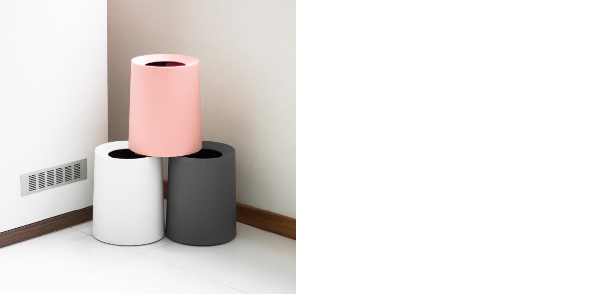 squarerooms-kiyolo-decor-waste-paper-basket-white-black-pink-stylish-minimalist