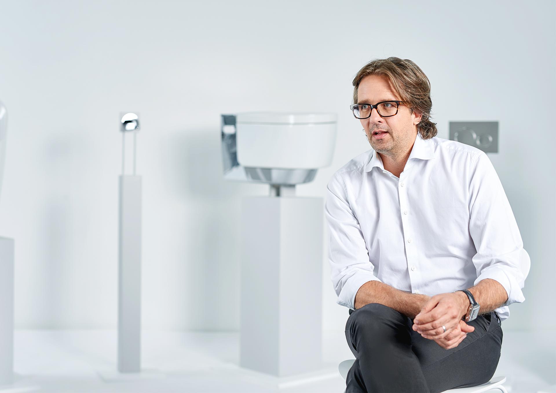 squarerooms-geberit-shower-toilet-engineer-christoph-behling-designer