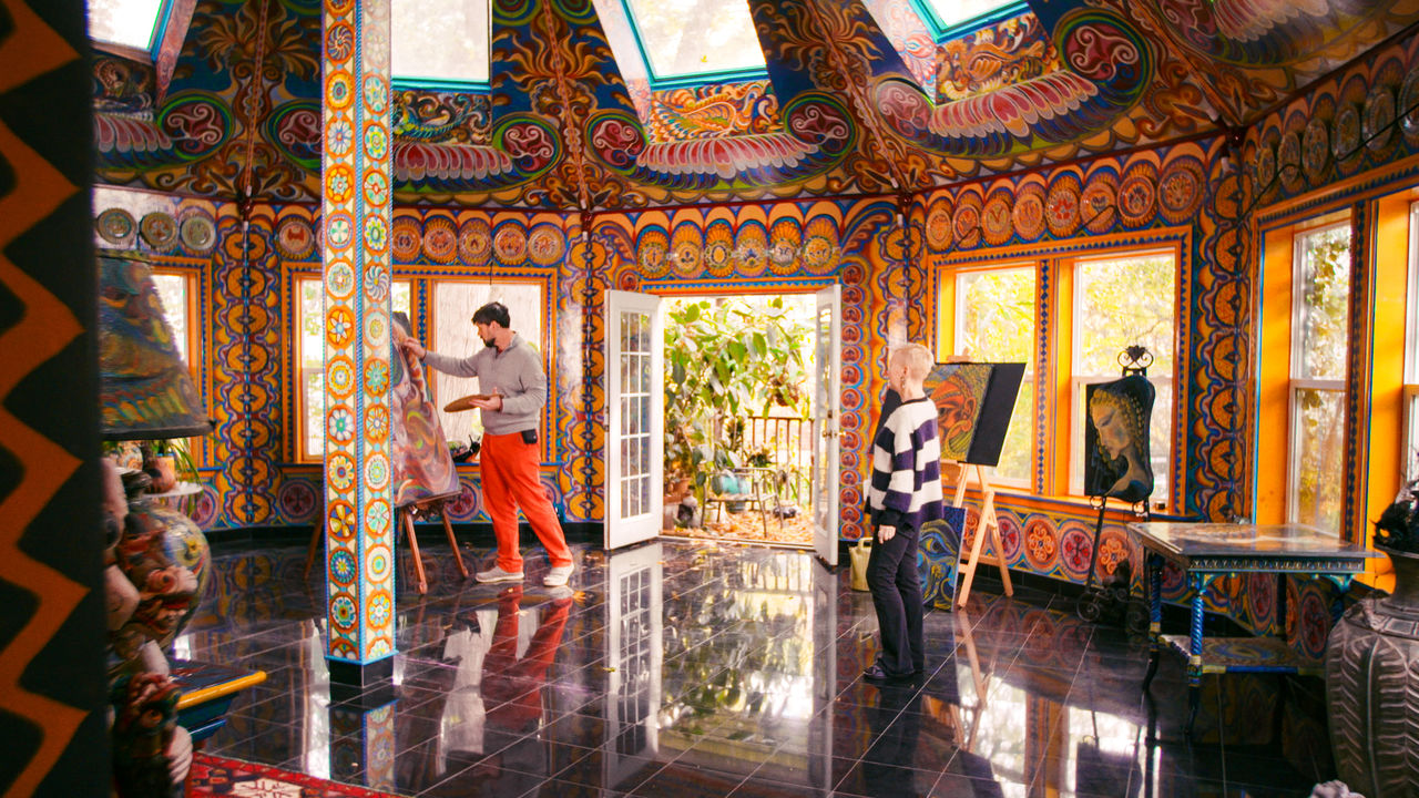 squarerooms-netflix-amazing-interiors-mosaic-artwork-house-home-eccentric-colourful