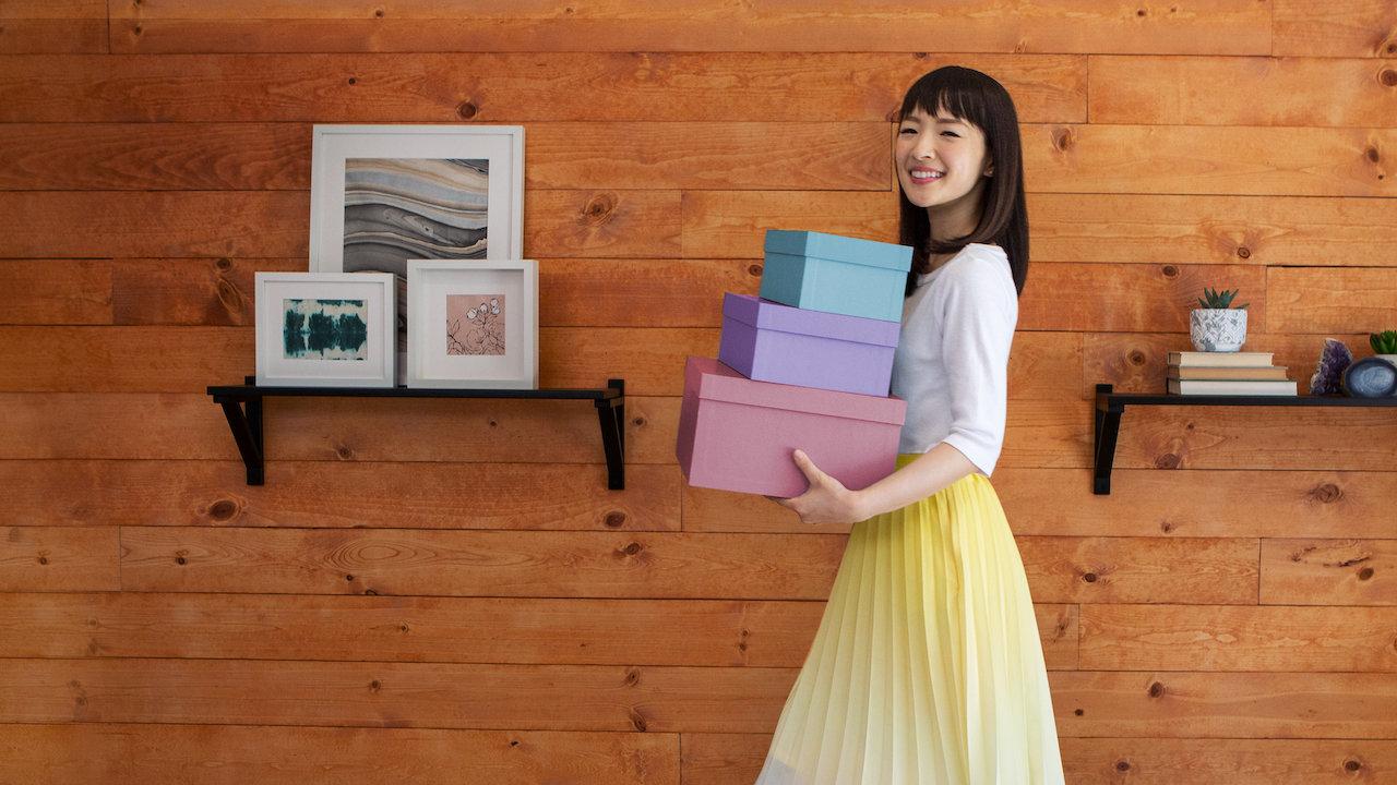 squarerooms-netflix-marie-kondo-storage-boxes