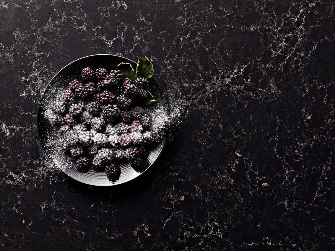 squarerooms-caesarstone-vanilla-noir-surface-marble-black-dark-quartz-countertop