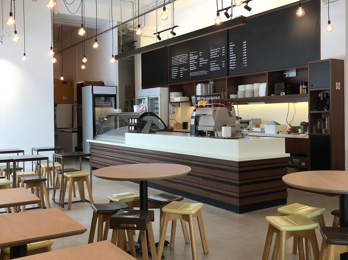squarerooms-Creamier-handcrafted-gelato-ice-cream-shop-singapore-industrial-lighting-decor-instagrammable-aesthetic