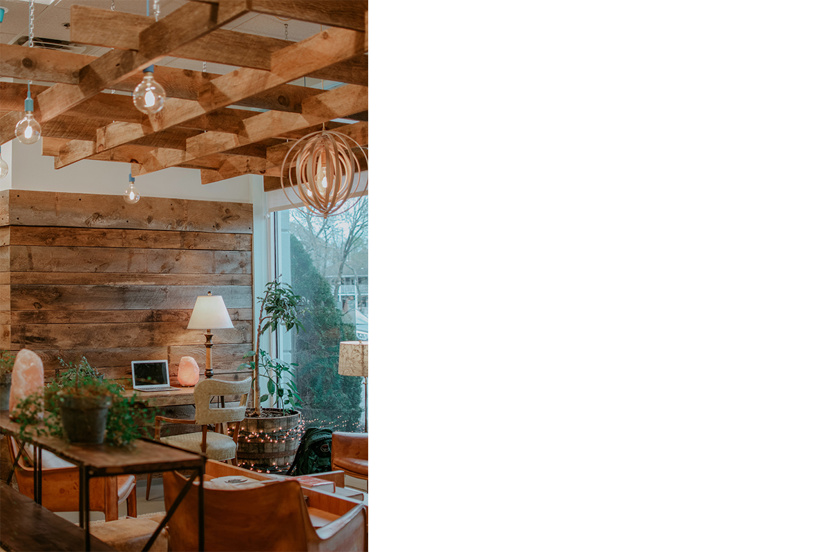 squarerooms-cafe-corner-cosy-home-rustic-wood-cabin-vintage-style