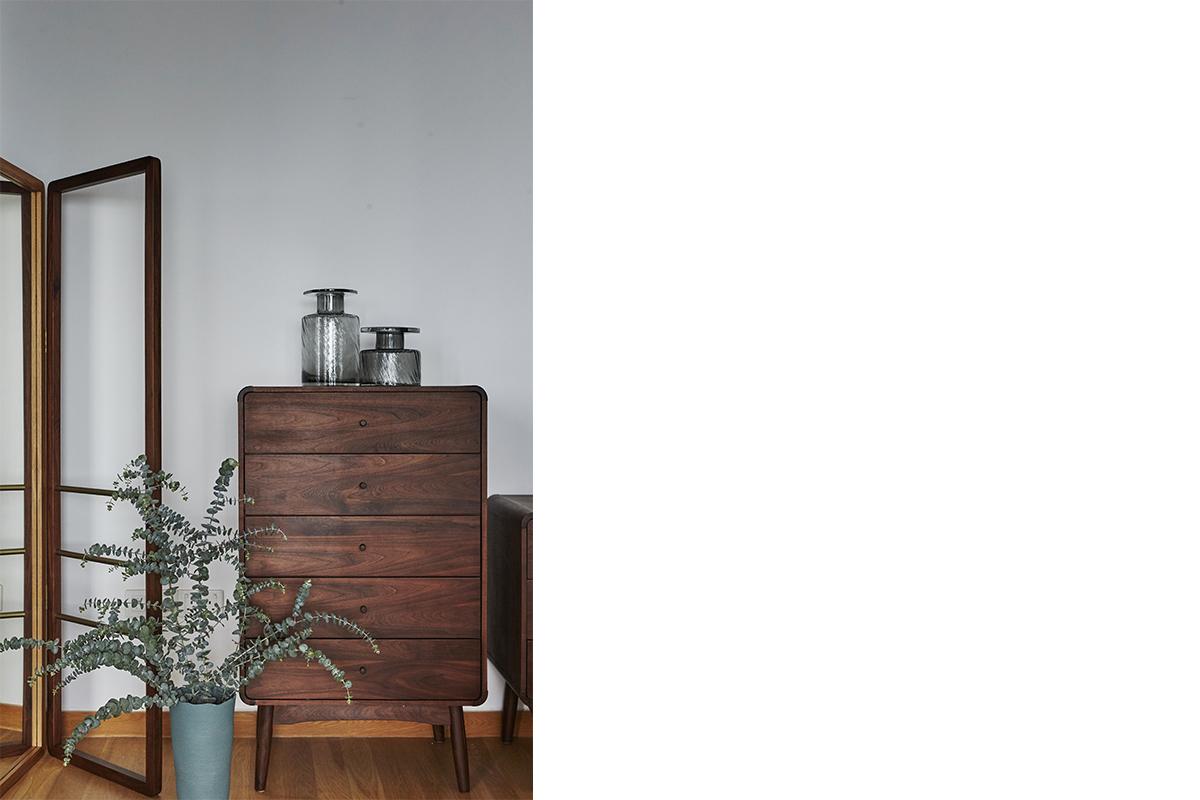 squarerooms-dualtone-mirror-bowen-drawer-chest-wooden-commune