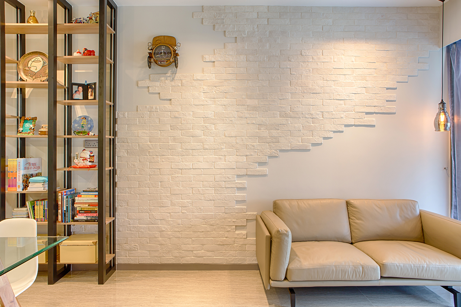 squarerooms-idid-interior-design-white-cream-wall-bricks-couch-living-room-bright-singapore-home
