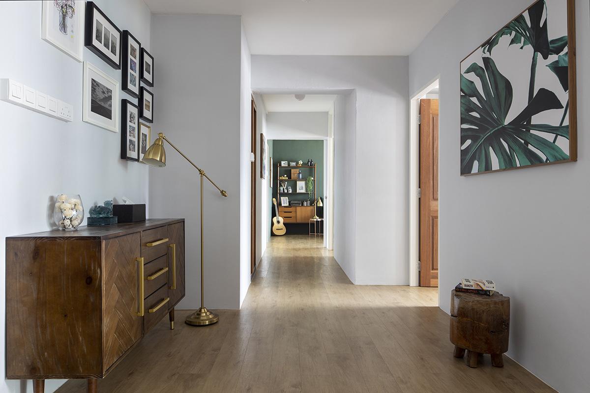 squarerooms-versaform-mid-century-modern-vintage-singapore-hdb-renovation-interior-design-hallway-wooden-floors-vintage