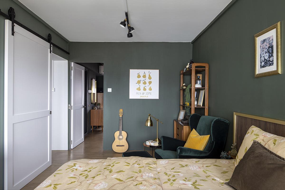 squarerooms-versaform-mid-century-modern-vintage-singapore-hdb-renovation-interior-design-dark-blue-walls-bedroom