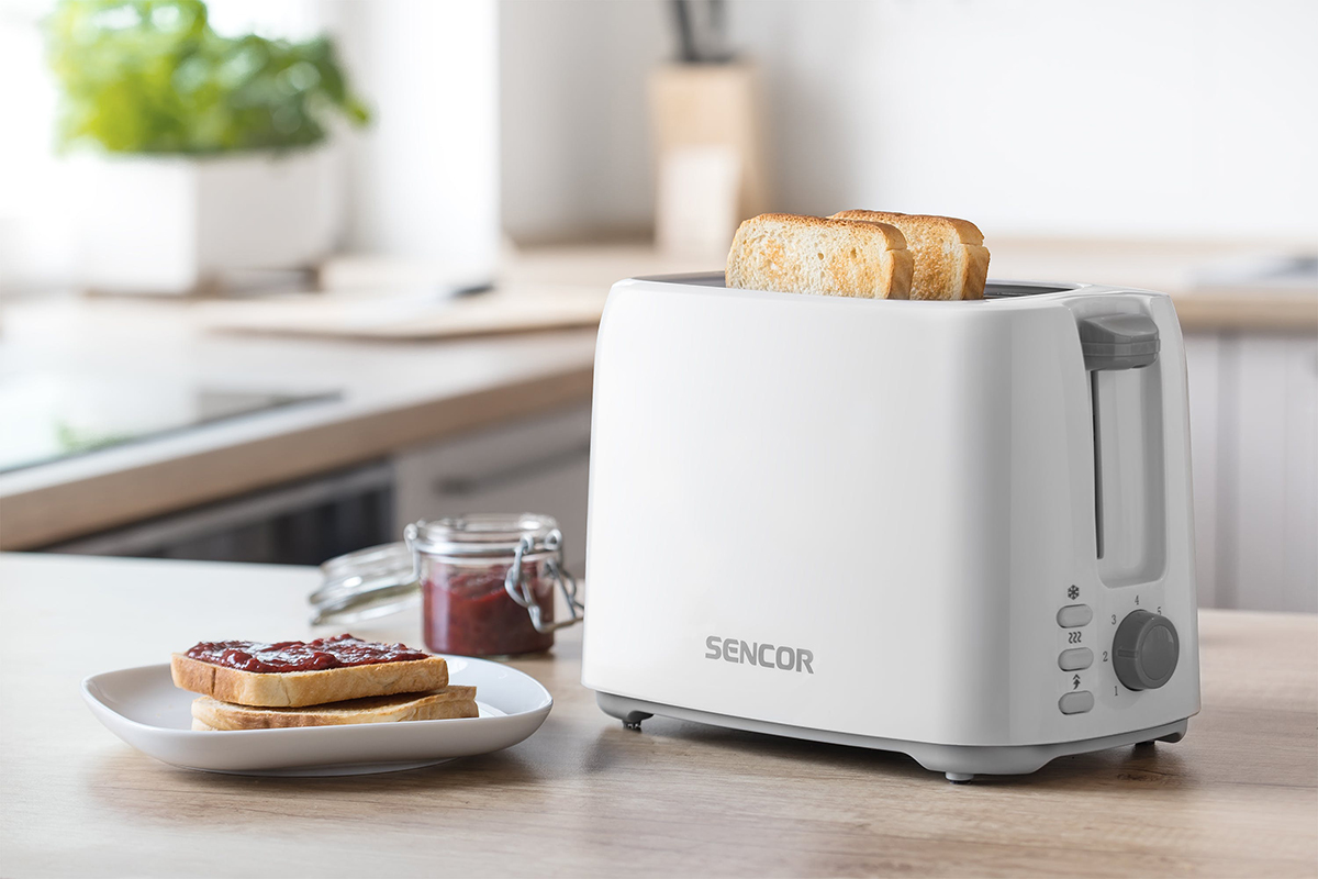 squarerooms-sencor-electric-toaster-white-table-lifestyle-shot-photo