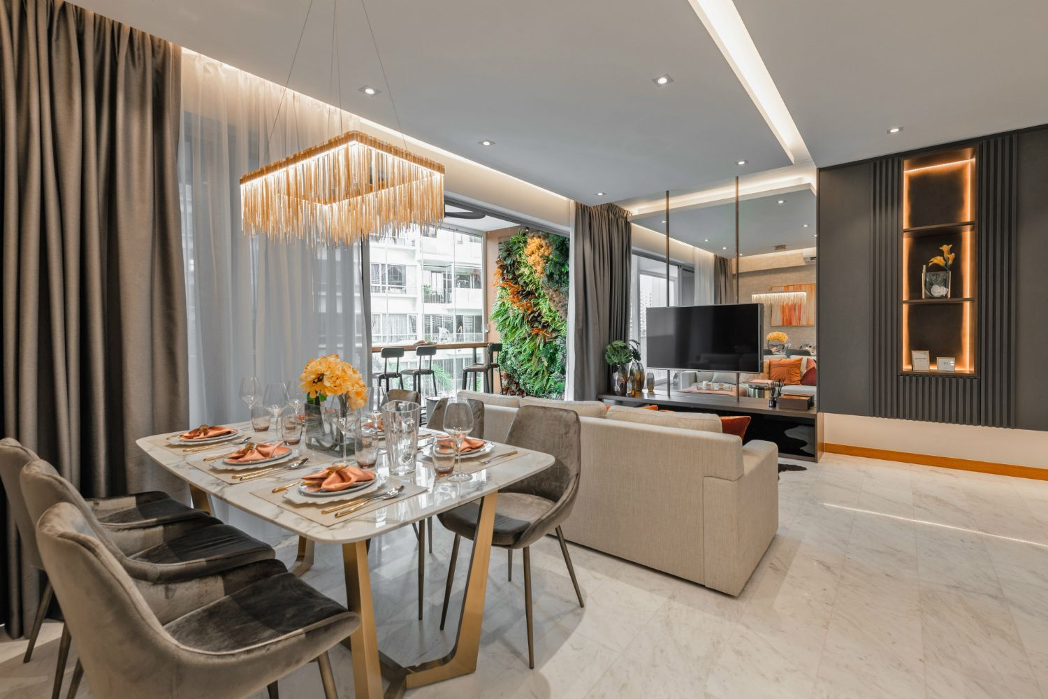 squarerooms-mr-shopper-studio-dining-room-glamour-luxury-lighting-chandelier