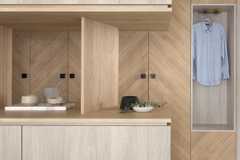 squarerooms-wooden-walls-cabinets-cupboard-counter