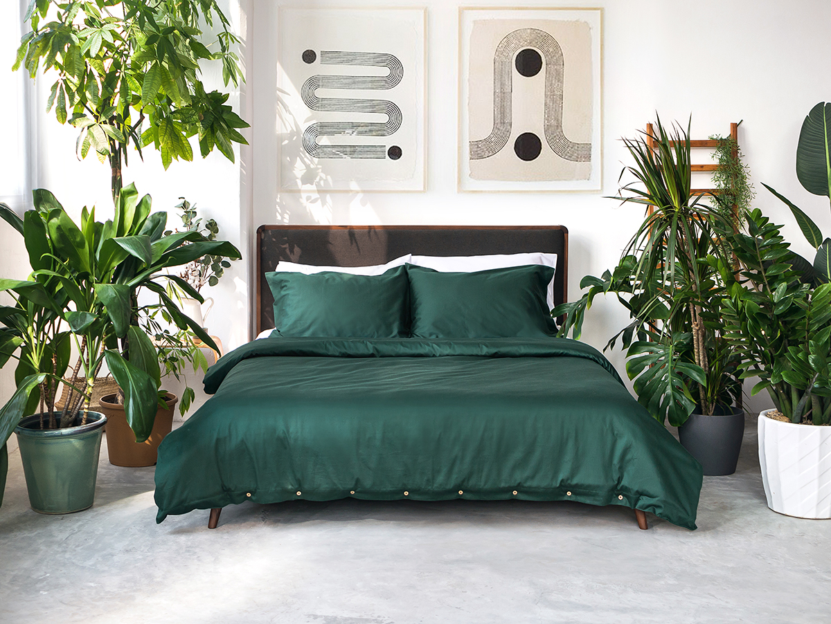 squarerooms-comfort-awards-bedding-sojao-green-bed-sheets-plants-boho-organic