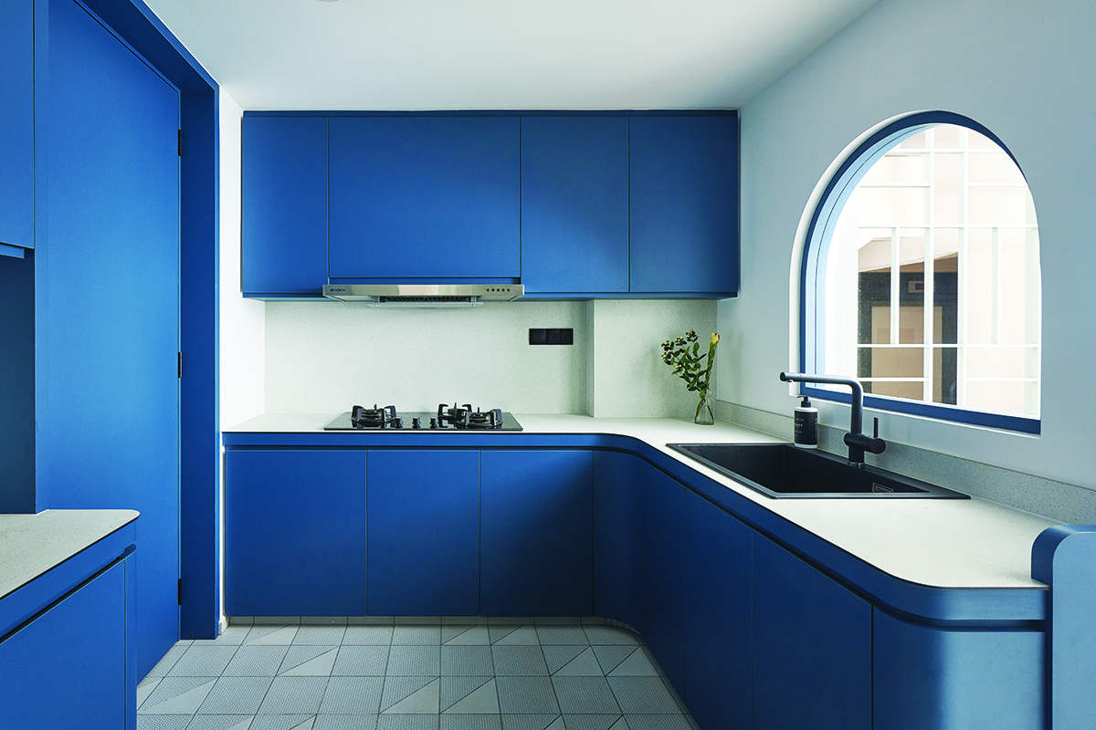 squarerooms studio fortyfour blue curved design condo kitchen
