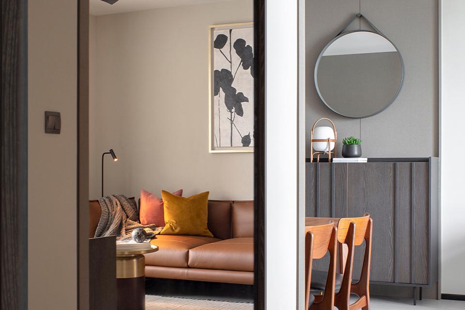 squarerooms-joey-khu-interior-design-hdb-flat-renovation-home-inspo-contemporary-grey-black-dark-living-room