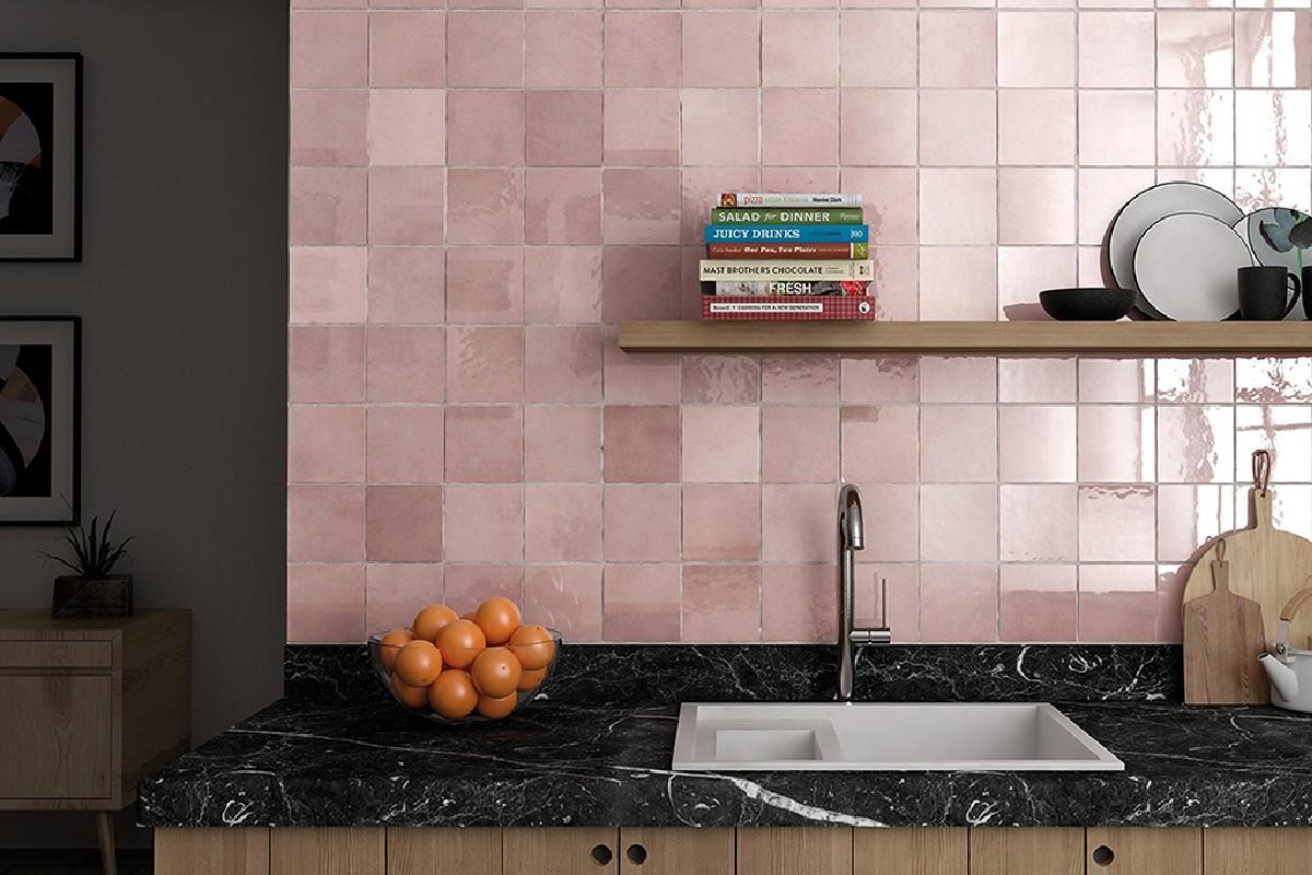 squarerooms pink kitchen backsplash black countertop
