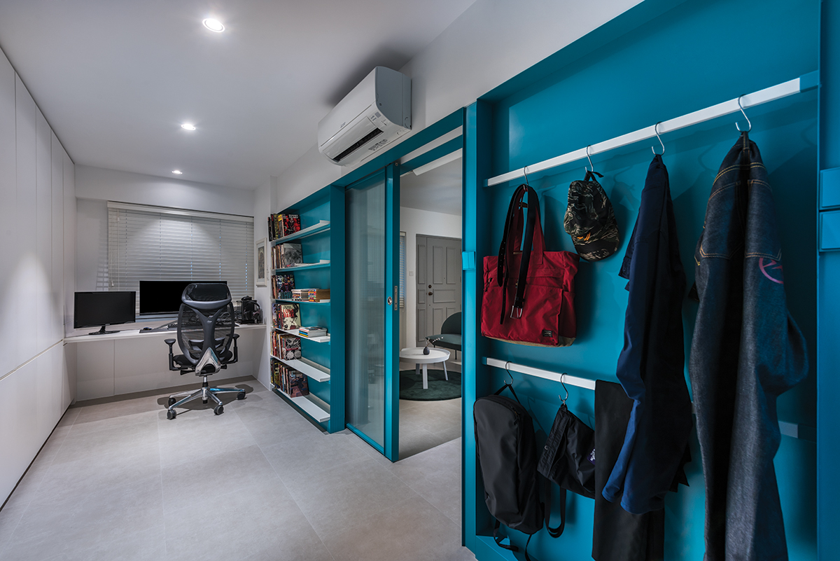 squarerooms artistroom 3 room hdb flat resale renovation urban edge colour space interior design wardrobe blue