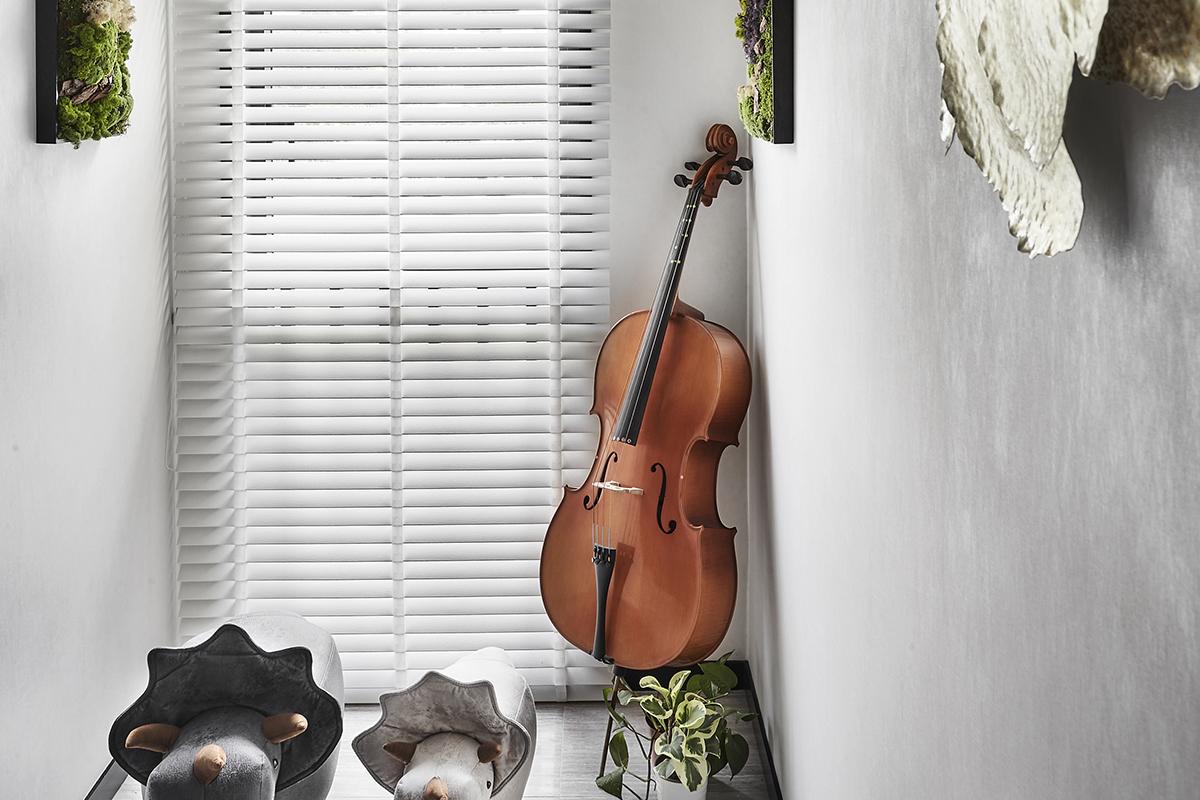 squarerooms akihaus blue contemporary interior design condo renovation cello music room monochromatic