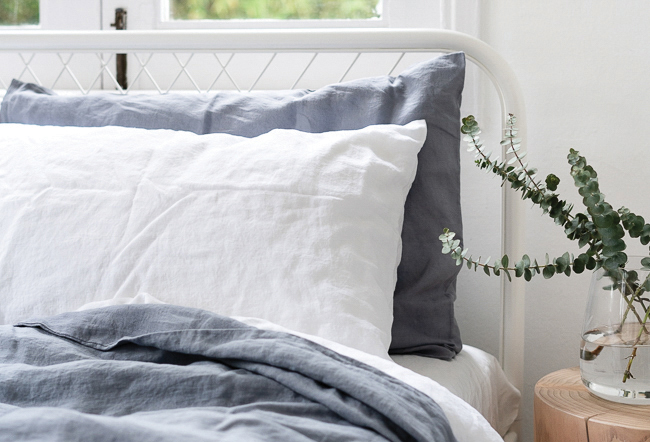 squarerooms annette linen bedding blue and white