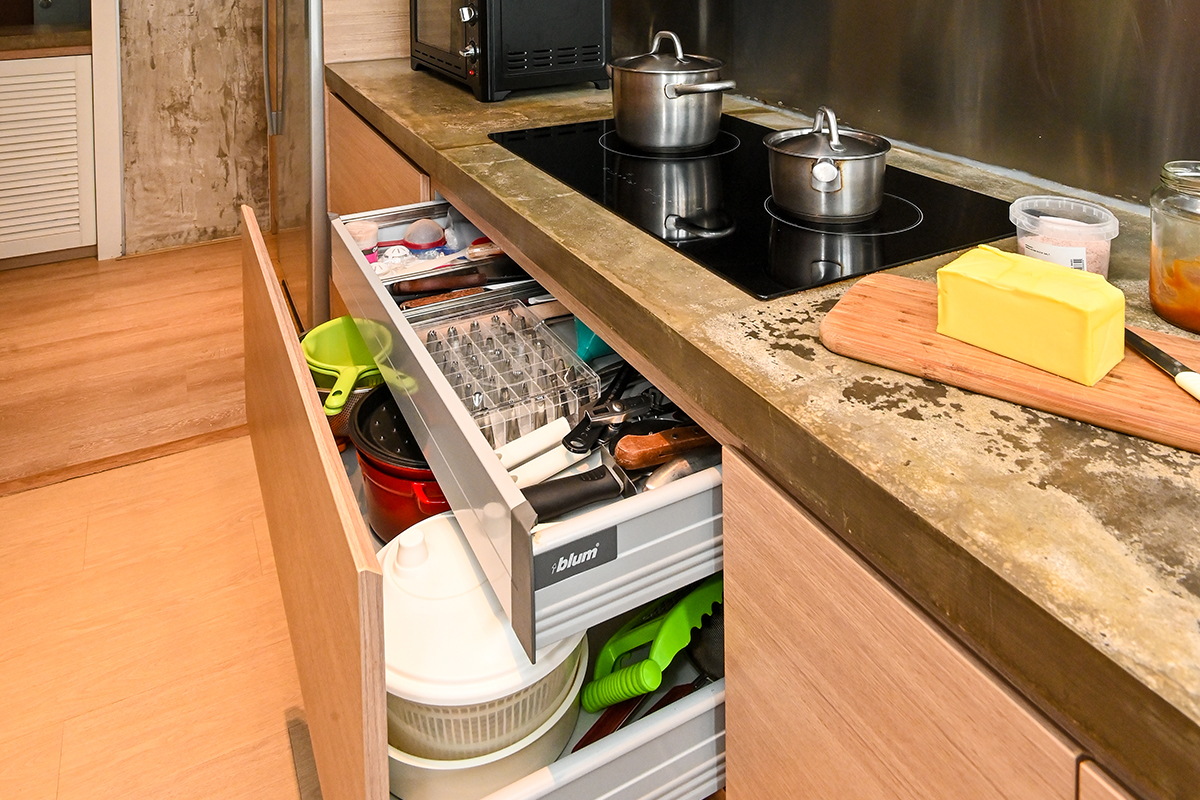 squarerooms luigi la tona joyce chung home organisation kitchen storage cabinet drawers