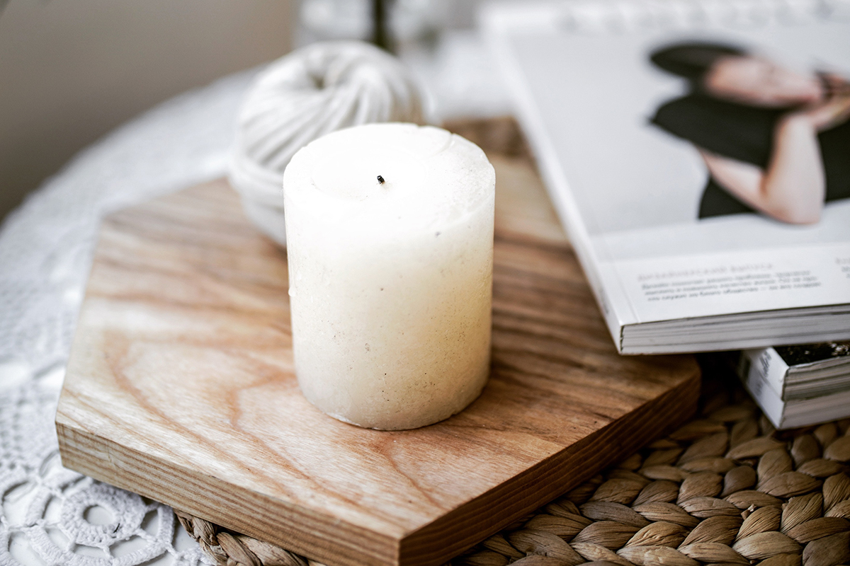 squarerooms Alesia Talkachova candle relaxing coffee table living room minimalist white instagrammable