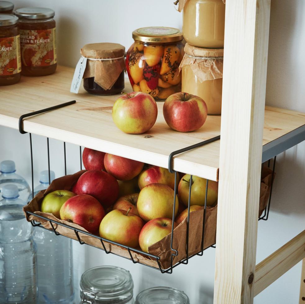 squarerooms-ikea-kitchen-organiser-observatör-clip-on-basket
