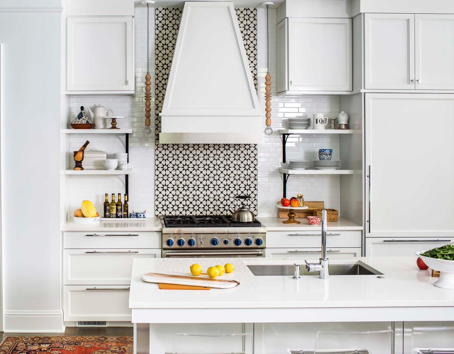 squarerooms-kitchen-backsplash-patterned-tiles