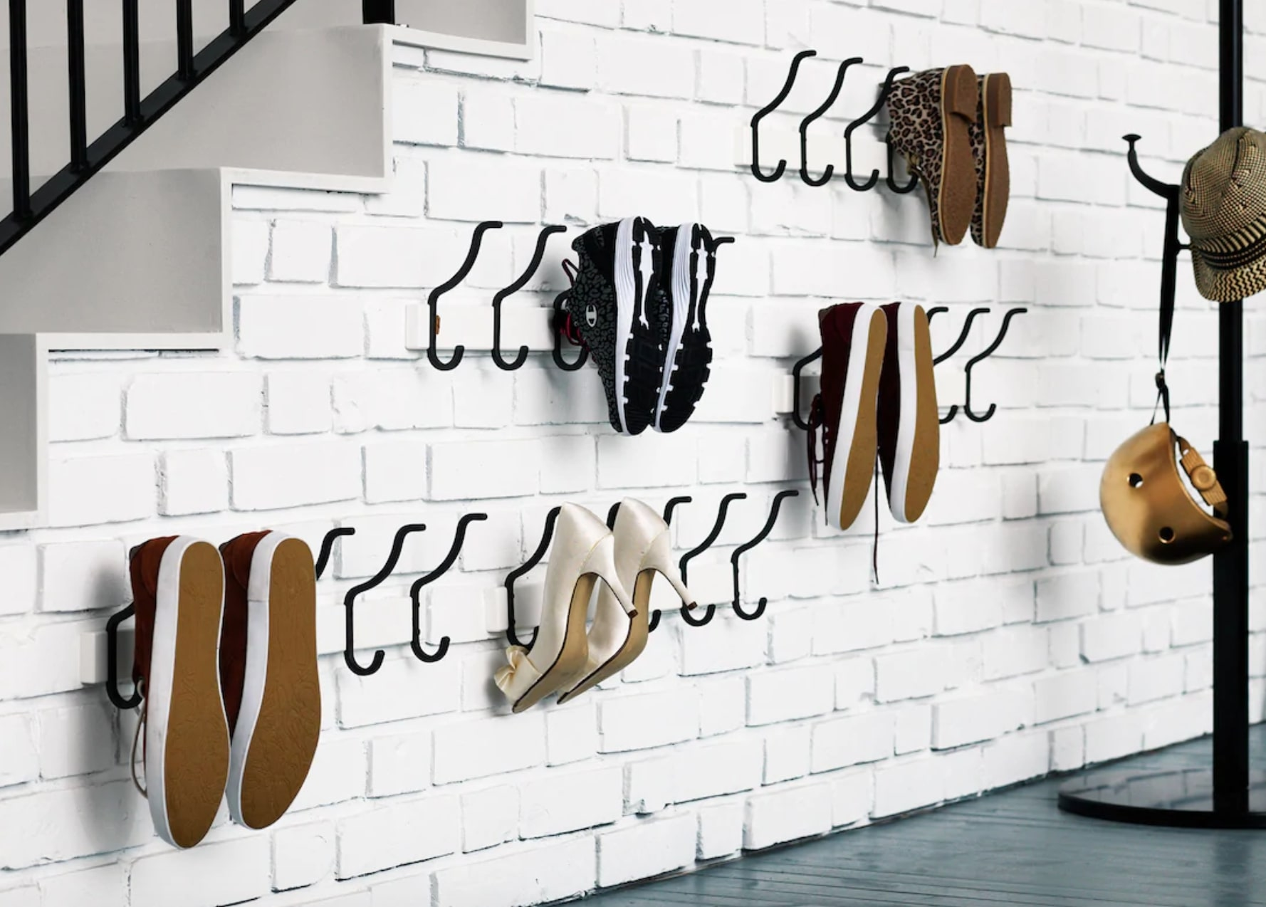squarerooms-PINNIG-Rack-with-3-hooks-repurposed-shoe-storage-organisers