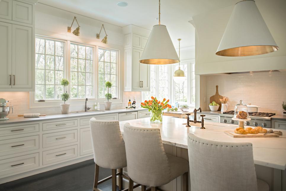 squarerooms-mixing-couples-design-styles-neutral-colour-accent-tones