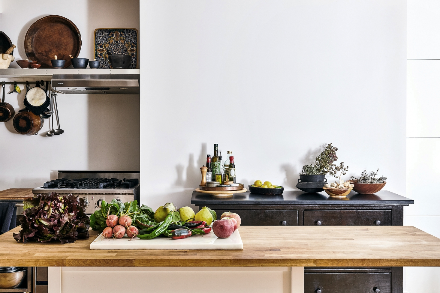 squarerooms-wooden-butcher-block-countertop-pros-and-cons-hygiene