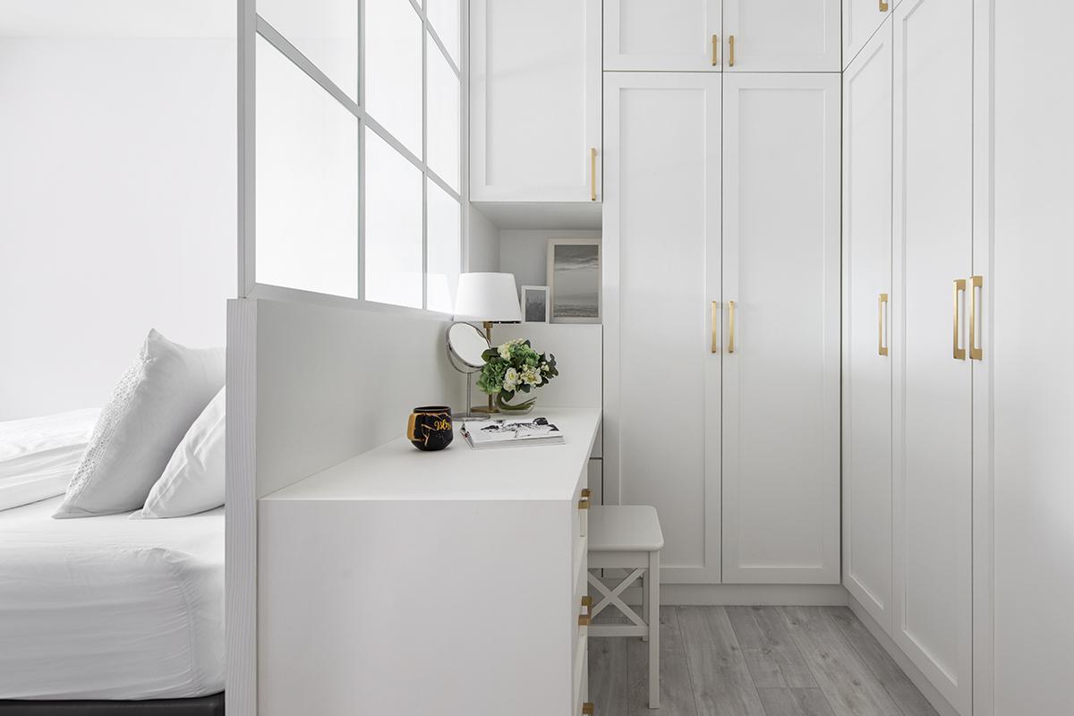 squarerooms fifth avenue interior design resale hdb flat renovation Walk-in wardrobe bedroom white bright vanity desk table