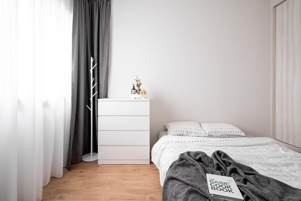 squarerooms cozyspace interior design home house renovation 4-room bto flat hdb cosy scandinavian scandi minimalist wood bedroom vinyl floor bed curtains