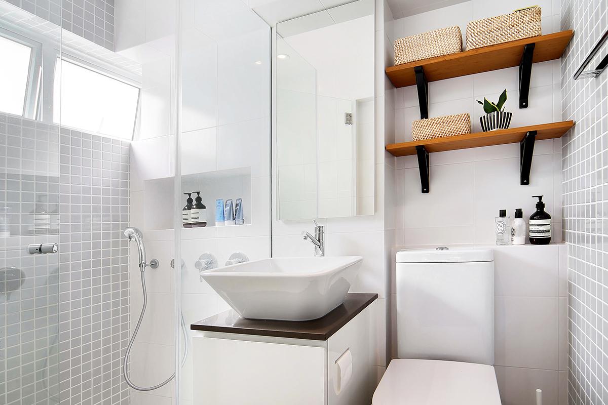 squarerooms brim design home renovation neptune court interior styling makeover cosy inviting warm master bathroom toilet shower white scandi wood minimalist bright