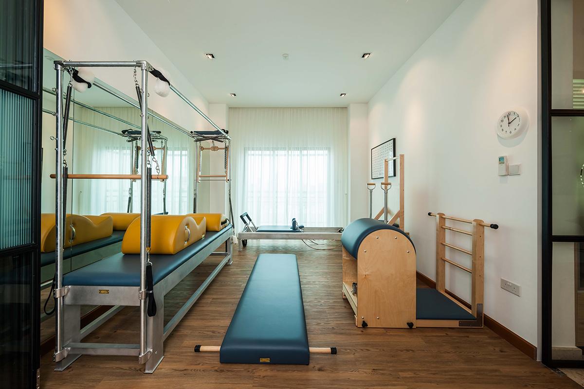 squarerooms richfield integrated home condo condominium renovation design interior gym exercise room